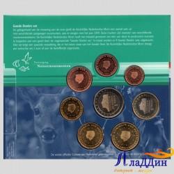 Официальный годовой набор евро Нидерланды 2000 года в буклете