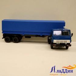 Коллекционная модель Камаз 5410 с тентом. Синий.